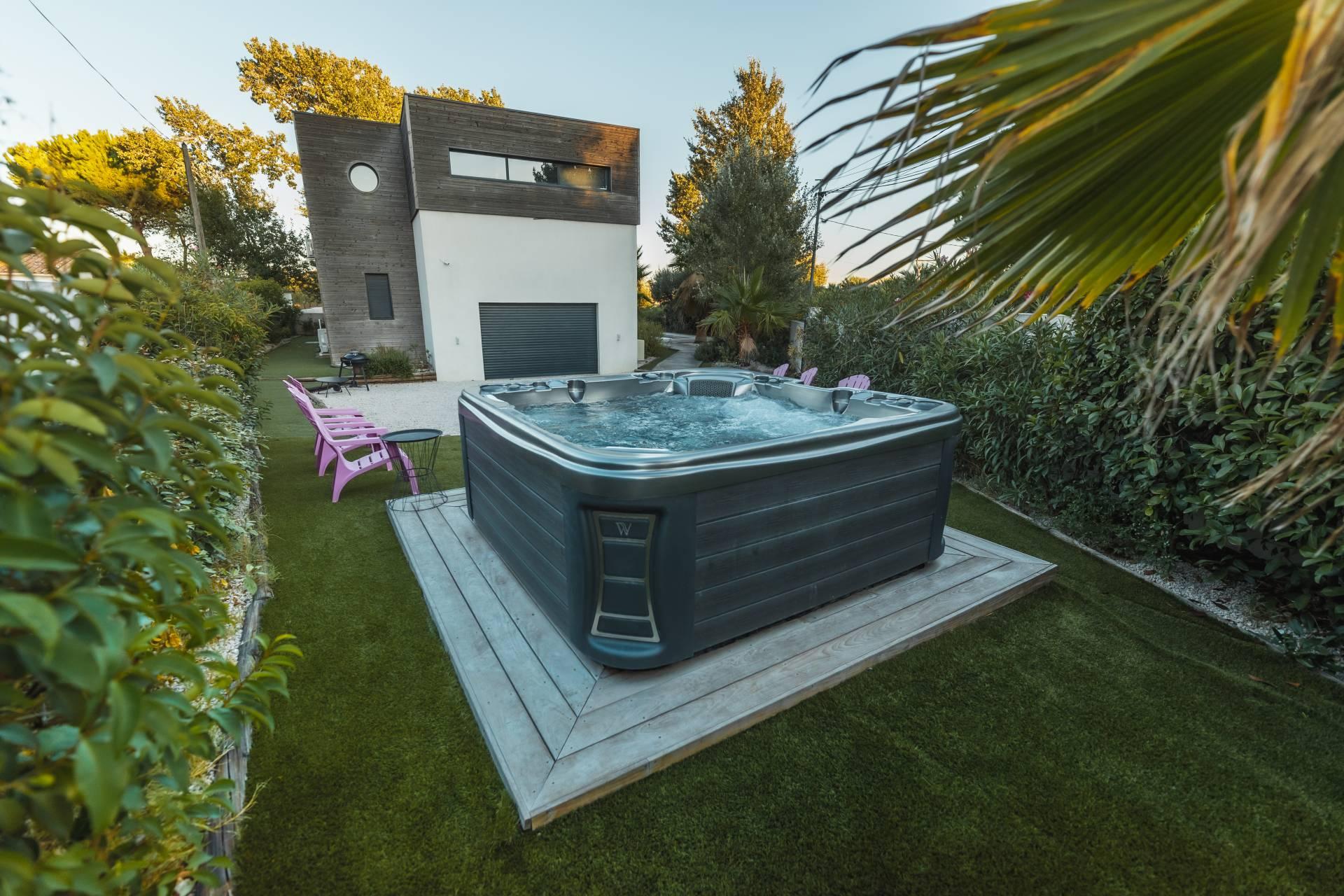 Villa De Luxe Cap D Agde  Ef Bf Bd Louer